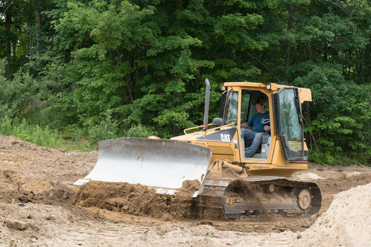 Leavitt Earthworks regularly has openings for equipment operators, laborers, and truck drivers.